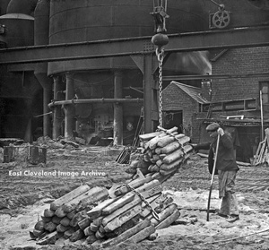 Lifting Bundles of Pig Iron With Crane