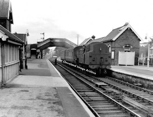 Whitby, West Cliff Station (1950's)
