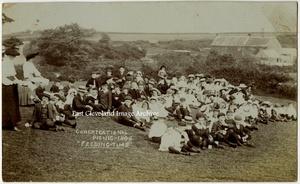 Feeding Time 1906