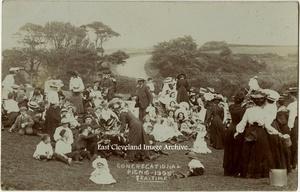 1906 Congregational Picnic 'Tea-Time'