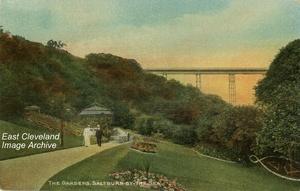 Ha'penny Bridge and Italian Gardens